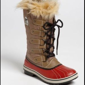 Sorel winter weather boots